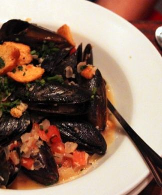 Be-Our-Guest-Mussels-600x449
