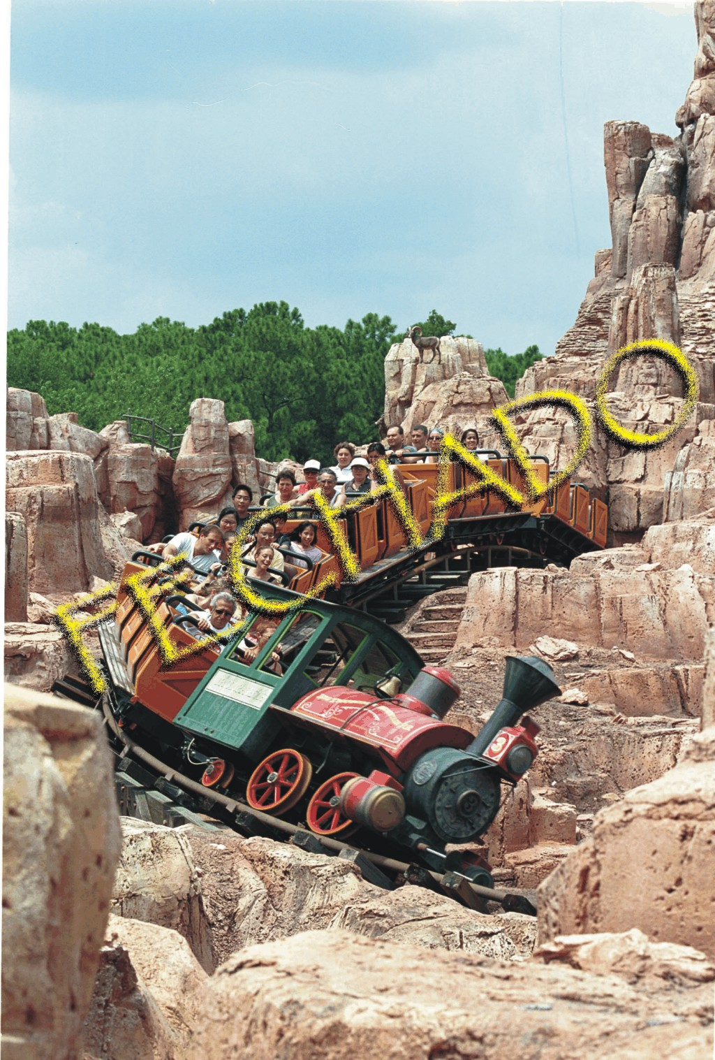 Big Thunder Closed