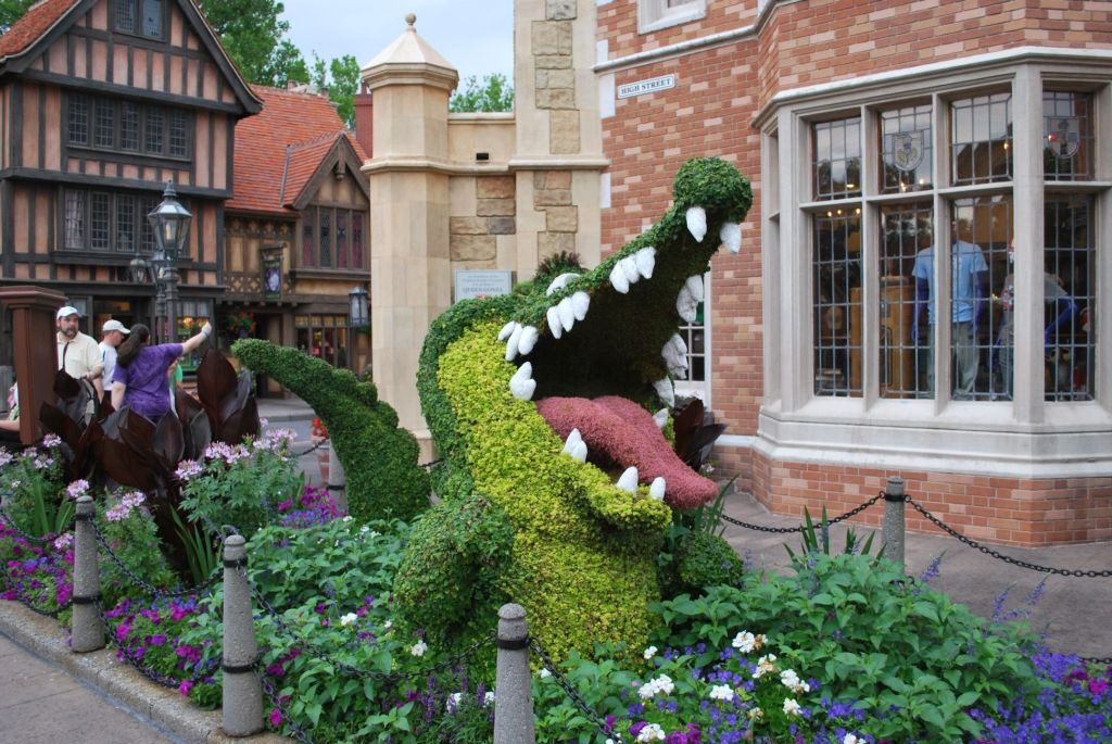 Epcot Flower and Garden - Crocodilo Tic-Tac