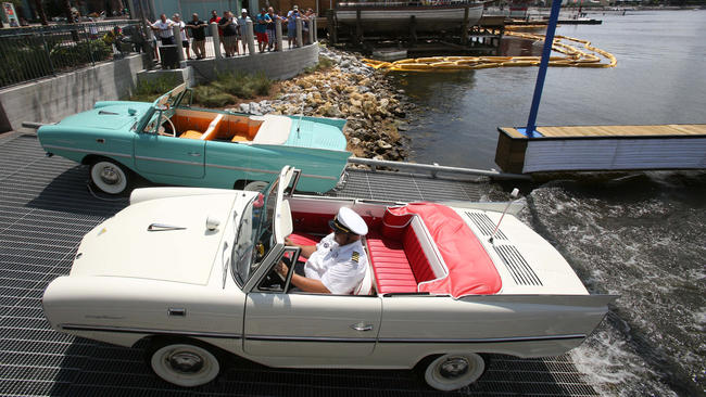 The Boathouse Disney Springs - Amphicars