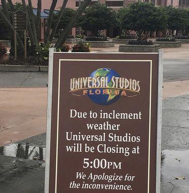 Parques fechados furacão Matthew