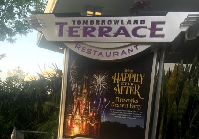 Happily Ever After - Fireworks Dessert Party - Cartaz